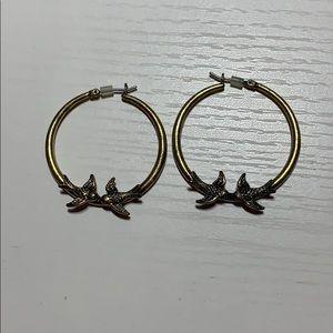 Fossil gold fly free bird kiss hoop earrings